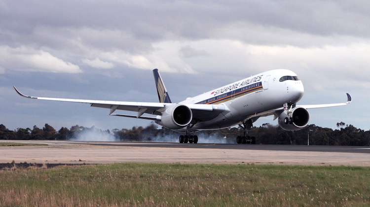 SINGAPORE-AIRLINES-AIRBUS-A350-900-MEL-RF-IMG_1383-1_5