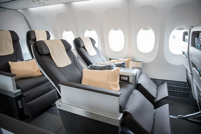 SilkAir-MAX-8-enhanced-Business-Class-seats-with-more-ergonomic-design-and-greater-seat-pitch-and-recline-2-1